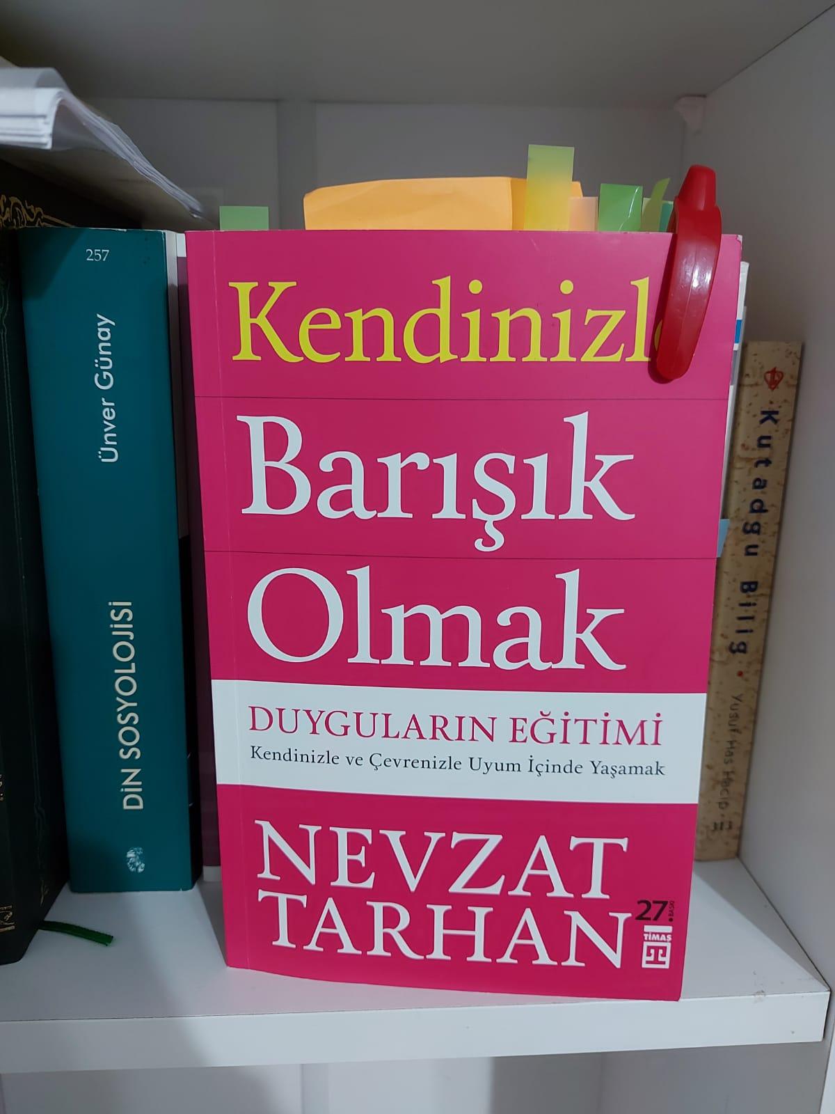 """""""Kendinizle Barışık Olmak, Duyguların Eğitimi"""" Kitabı Üzerine Beranarı Bir Yazı"""